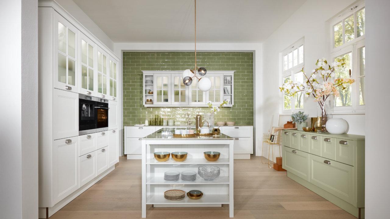 Einbauküchen für den Altbau in der Küchenwelt in Gägelow  Brüsewitz  Lübeck